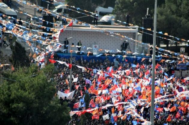 Erdoğan'ın Urfa Mitinginde İlginç Kareler galerisi resim 1