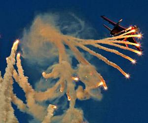 Ateş Saçan Savaş Uçakları galerisi resim 1