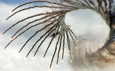 Ateş Saçan Savaş Uçakları galerisi resim 11