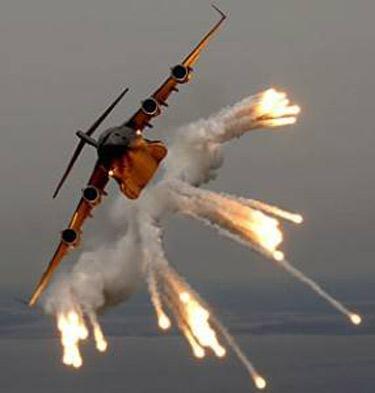 Ateş Saçan Savaş Uçakları galerisi resim 2