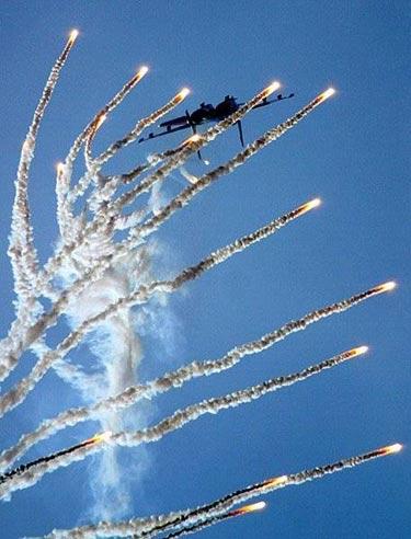 Ateş Saçan Savaş Uçakları galerisi resim 24
