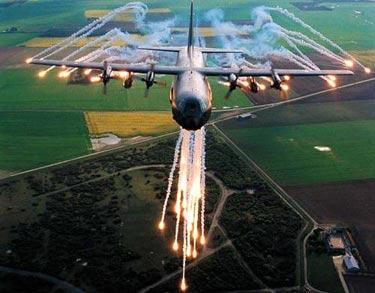 Ateş Saçan Savaş Uçakları galerisi resim 5