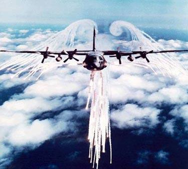 Ateş Saçan Savaş Uçakları galerisi resim 7