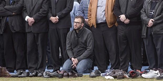 Amerika'da Katledilen Gençlerin Cenaze Töreni galerisi resim 1