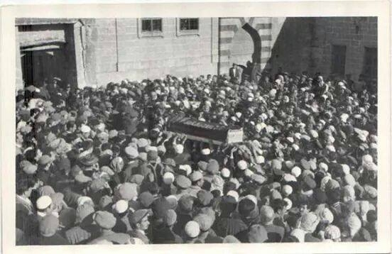 Bediüzzaman'ın Bilinmeyen Cenaze Fotoğrafları galerisi resim 1