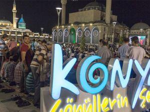 Konya'da Kadir Gecesi