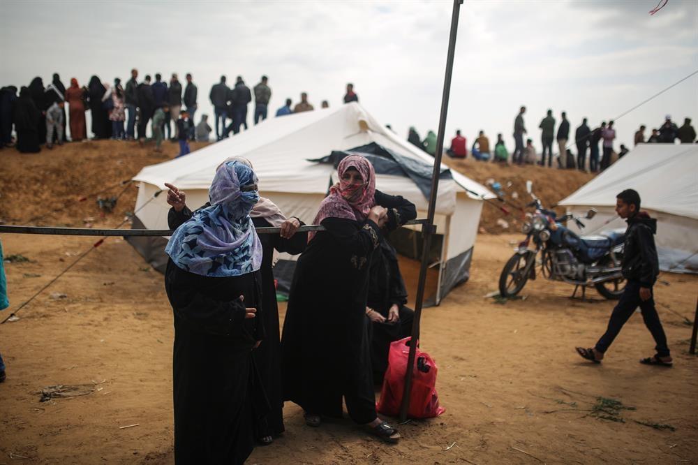 Filistinlilerin Büyük Dönüş Yürüyüşü Başladı galerisi resim 1