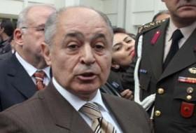 Ahmet Necdet Sezer oy kullanmaya gitmedi