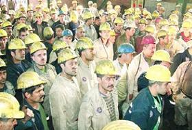 Kömür ocağında facia yaşandı, 30 işçi mahsur kaldı.