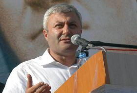 Tuncay Özkan  AK Parti Üçüncü Olabilir!
