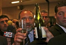 """Lieberman: """"Filistinlilerin Ateşkesin Uzatılmasını Kabul Etmemesi Şantaj"""""""