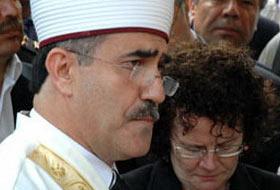 İhsan Özkes: CHP'liler AK Partililerden daha dindar