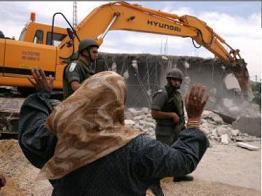 İsrail, evleri yıkmaya devam ediyor