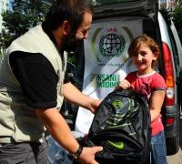 İHH,Çeçen Mültecileri Yalnız Bırakmadı-FOTO