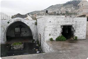 Bir Grup Yahudi Yerleşimci Nablus'ta Türbe Bastı