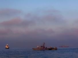 İşgal Donanması Gazze Şeridi Sahillerini Bombaladı