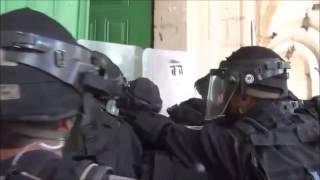 İsrail Gaz Bombası Yağdırdı