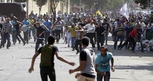 Mısır'da Halk'a Baskı Sürüyor