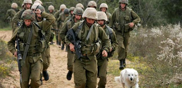 1000 İsrail Askeri Filistinlilere Baskın Yaptı