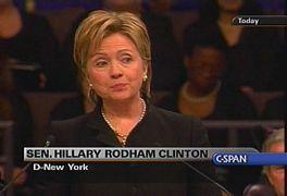 Hillary'nin e-mailleri ABD'yi Karıştırdı