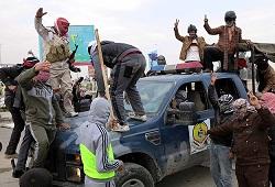 Irak'ta 7 kamyon şoförü öldürüldü