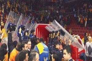 Siyonist Takıma Mavi Marmara Protestosu