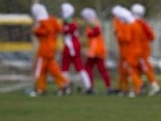 Futbolda başörtüsü ısrarı sürüyor