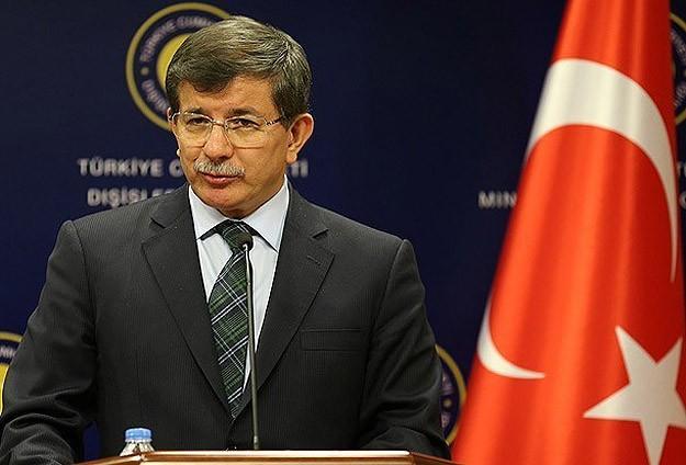 Ahmet Davutoğlu Taraf Gazetesini Eleştirdi