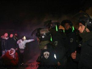 Siyonistlerden Gece Yarısı Köy Baskını