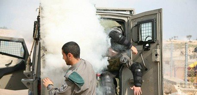 Bomba bu kez İsrail askerlerinin elinde patladı! (video)