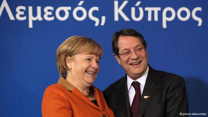 Merkel AB'yi Kıbrıs'ta Daha Etkili Olmaya Çağırdı