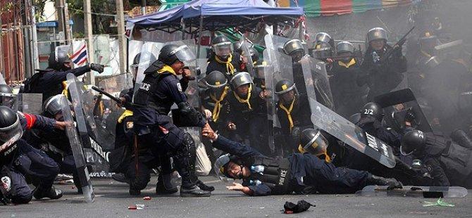 Tayland cuntasından Patani'de tehlikeli adım