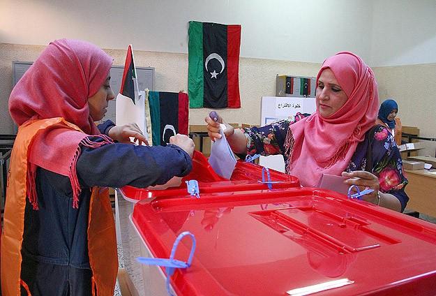 Libya'da Anayasa Komisyonu için oy verme işlemi başladı