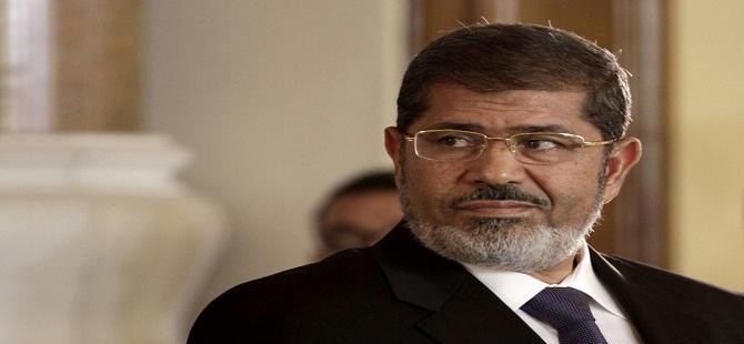 Mursi'nin Sekreterine Gözaltı