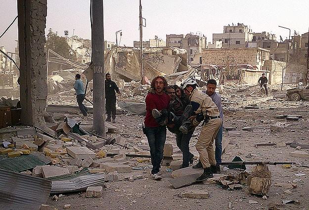 """Esed yine """"varil bombasıyla"""" saldırdı: 12 ölü"""