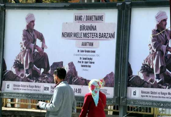 Diyarbakır'da Şaşırtan Afiş!