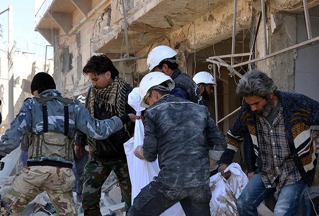 Suriye'de 50 kişi öldü!