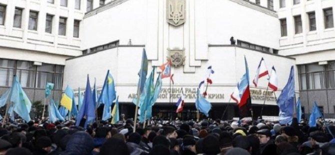 Kırım'daki Olaylar Tırmanıyor: 26 Yaralı