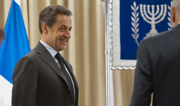 Fransa'da Seçimin Galibi Sarkozy