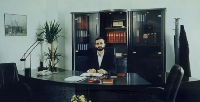 Ümmete Omuz Veren Adam: Hayati Üstün(VİDEO)
