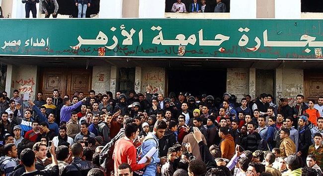 El-Ezher'de Siyaset ve Gösteri Yasağı
