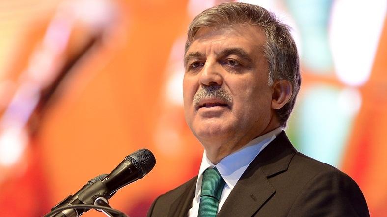 Gül'den ucu hem Erdoğan hem Davutoğlu'na dokunan eleştiriler
