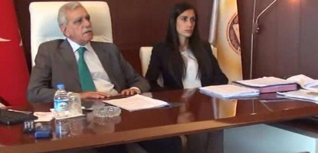 Belediyelerdeki 'Eş başkanlık'a son verildi