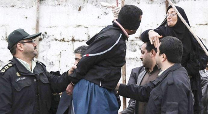 İranlı anne CHP'nin davetine gelemedi