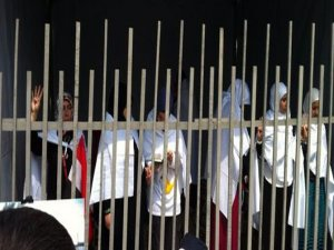 Eminönü'nde 'Mısır için aç kal!' eylemi