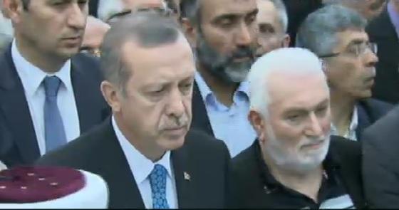 Başbakan Erdoağn maden işçileriyle görüşüyor