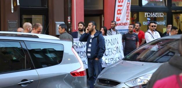 Köln'de TGB'lilere gurbetçi protestosu