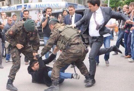 Ahmet Hakan 'tekmeci müşavir'in yeni görevini yazdı!