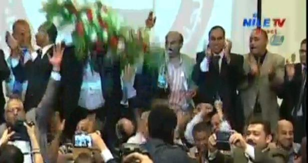 Sisi'nin Destekçilerinden Tiyatro Dansı