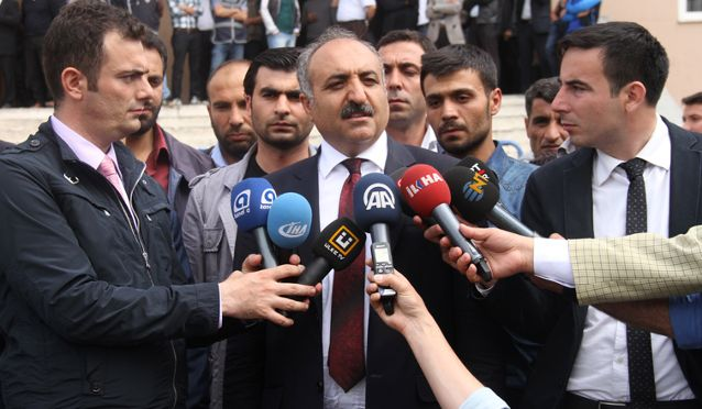 Seçimi Kaybedince Eleştiren Tayyar'a Yanıt Verdi: Gelip Kendisi Aday Olsaydı